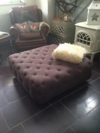 BRANAGH OTTOMAN FOOTSTOOL CHESTERFIELD BUTTONED COFFEE TABLE £299 NEW @ MADE