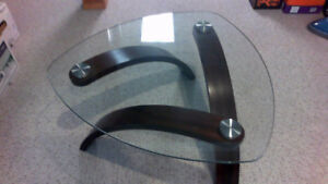 Cocktail table needs new home