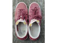 Red Nike Unisex Shoes, UK Size 8