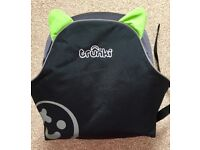 Trunki boostapak booster seat doubles as rucksack