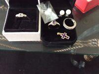 18 ct platinum ring and 9 ct gold ring plus 9 ct cross