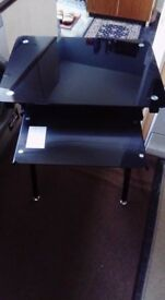 Black glass computer/laptop table as new £10