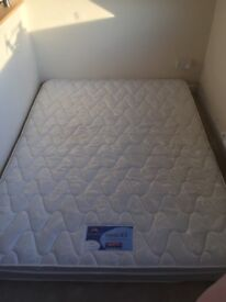 Silentnight king sized mattress excellent condition