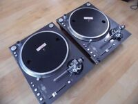 2 x Stanton STR8 150 TURNTABLES. PLS READ ADVERT CAREFULLY.