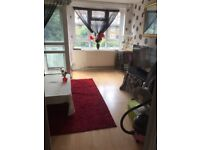 My 2 bed se London looking for 2 bed Leeds and surrounding areas