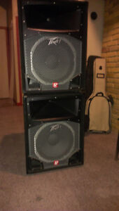 Pair of Peavey SP5 - 15 inch speaker and horn 800 watts $500 obo