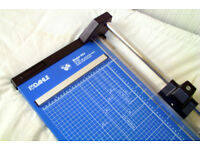 Photo and Paper Trimmer