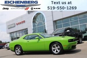 2017 Dodge Challenger SXT *UNDER 200 KMS!*