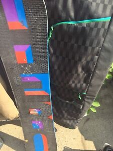 Snowboard, snowboard boots and bags