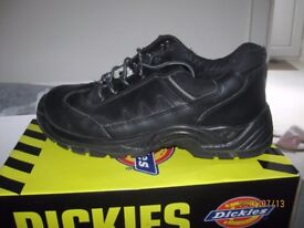 DICKIES steel cap safety boots size 11