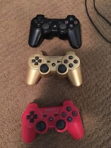 PS3  plus 18 games, 3 controllers