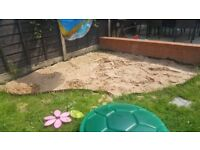 ** FREE ** Play Sand - for childrens sandpit or sandbox