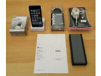 iPod Touch 6th Gen, 16GB, Space Grey, Great Condition, Bluetooth Speaker + New Extras