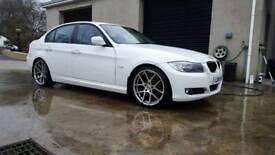 """2011 BMW 320d Alpine White 19"""" Alloys"""