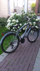 Almost new 21 speed mongoose bike