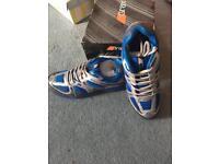 Brand New Grays G6000 Hockey Shoe (UK 7.5)