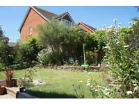 4 Bedroom Detached House in Shinfield with Garage and Landscaped Garden