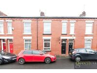 4 bedroom house in Strawberry Road, Salford, M66