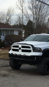 2014 Dodge Ram 8speed low kms 32 taxs included save!!!!!
