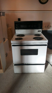 Electric Stove working and Free!