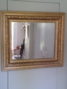 MIRRORS in Antique frames
