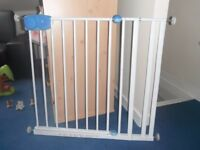 Safety 1st Extending Stair Gate