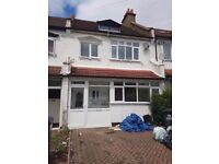 FOUR BEDROOM HOUSE TO LET IN CROYDON