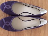 Marks & Spencer Autograph - purple suede flats / pumps - size 6 wide fit