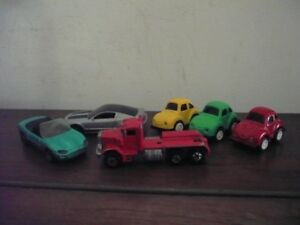 6  COLLECTABLE MINATURE TOY TRUCK & CARS