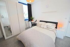 PERFECT FOR COUPLES, WALKING DISTANCE TO NORTHERN LINE