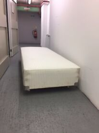 sofa / benches - must go - £20 for both