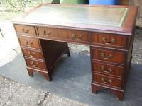 Antique reproduction mahogany pedestal desk 4ft wide
