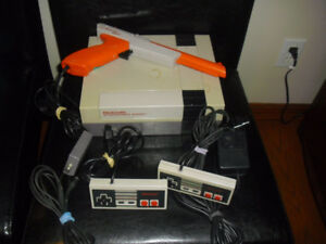 Nintendo NES System, Complete with all Hookups!