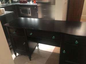 Mary Kate and Ashley Black Solid Wood Vanity/Desk