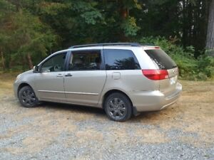 BEST PRICE / REDUCED - 2004 Toyota Sienna Minivan, Van