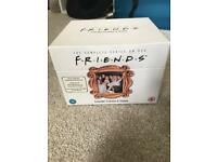 F.R.I.E.N.D.S DVD box set