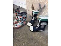 2 pairs of wellies size 9 and 10
