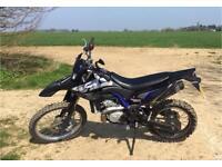 2014 YAMAHA WR125 R MOTORCYCLE / MOTOCROSS / MOTORBIKE - ROAD LEGAL - LEARNER LEGAL