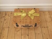 REGENCY EXTRA LARGE HAMPER/PICNIC BASKET COTSWOLD LUXURY