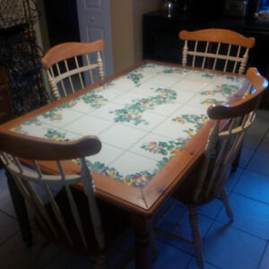 Pier 1 Italian Painted Tile Dining Table with Six Chairs