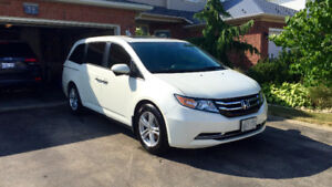 2014 Honda Odyssey EX-L NAV | One owner | No accidents | Extras