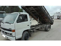 Left hand drive Isuzu NPR 3.9 diesel 6 tyres 7.5 ton 3 way tipper. Low miles.