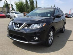 2015 Nissan Rogue SL AWD Leather,  Heated Seats,  Back-up Cam,