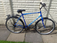 mens 22in professional hybrid bike, ready to ride strong lock available