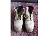 Petroleum Safety Boots - Size 9 / Eur 43