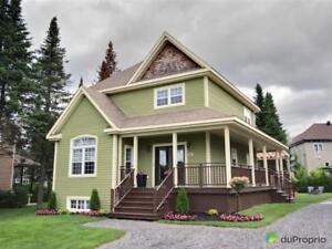 439 000$ - Maison 2 étages à vendre à Bromont