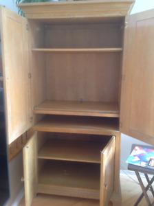 Meuble pour TV ou armoire