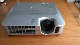 Hitachi CP-S240 Projector