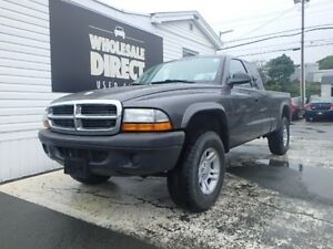 2004 Dodge Dakota TRUCK EXT CAB 5 PASSENGER 5 SPEED SXT 3.7 L