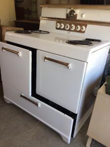 Cuisinière antique frigidaire